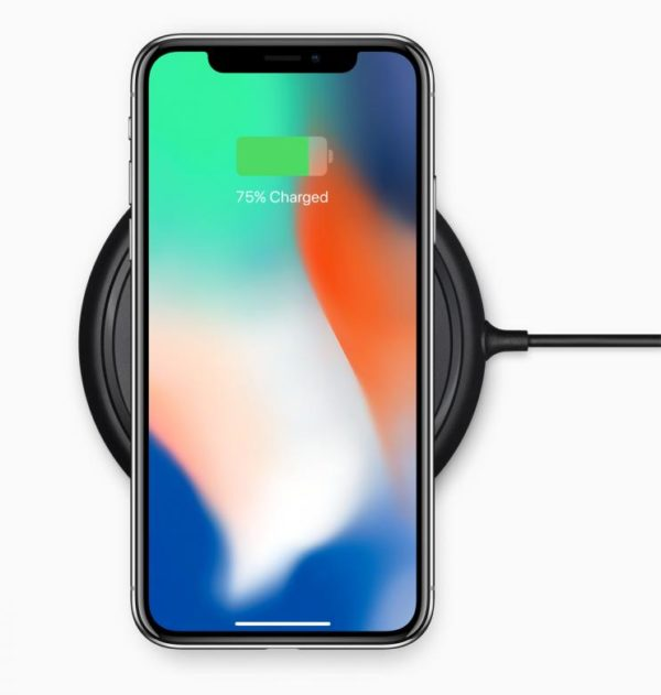 India-welcomes-Apple-iPhone-X